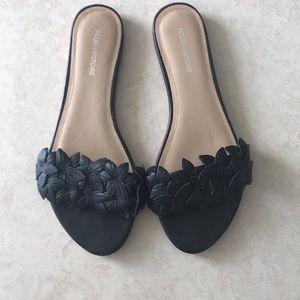 Pour La Victoire black Lani leather slip-on flats